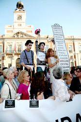 Demonstration against the closure of the Albeniz Theatre