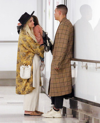Ashlee Simpson and family
