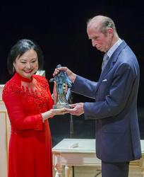 Kim Phuc and Duke of Kent