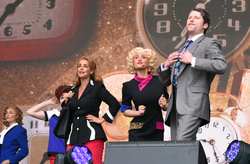 Cast of 9 To 5 The Musical