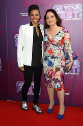 Gloria Estefan and Dame Kelly Holmes